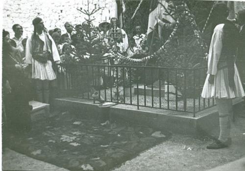 Τα αποκαλυπτήρια του αγάλματος Φωτάκου