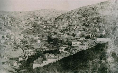 Η πιο παλιά φωτογραφία του χωριού στα 1880 περίπου.