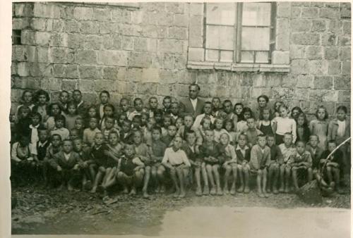 Δημοτικό σχολείο τη δεκαετία του 1940