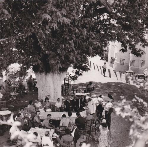 15Αυγουστος στη πλατεία τη δεκαετία του 1970